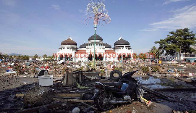 Mesjid Baiturrahman Pasca Tsunami